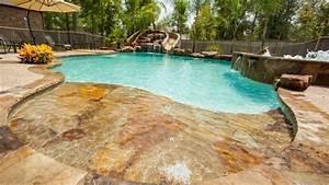 dallage piscine en pierre naturelle en 25 propositions With piscine en pierre naturelle