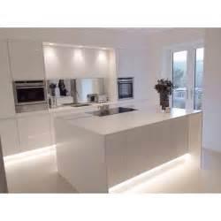 modern kitchen island ideas best 25 modern white kitchens ideas on white marble kitchen marble kitchen