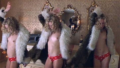 Naked Kate Hudson In Almost Famous