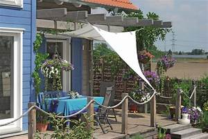 Pergola Mit Sonnensegel : veranda mit sonnensegel ~ Avissmed.com Haus und Dekorationen