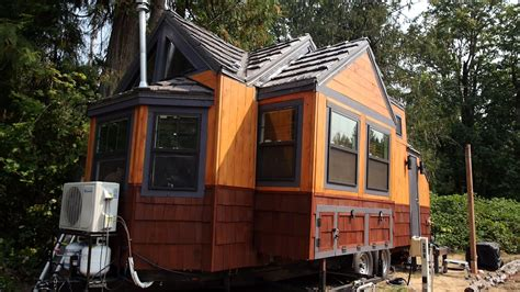 video  engineers expanding tiny house