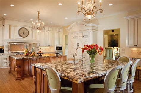 11 luxurious traditional kitchens chic luxury traditional kitchen other by guided
