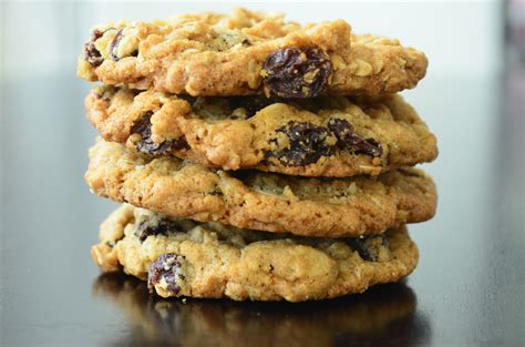 oatmeal raisin cookies 7 tips on how to survive the season of holiday cookies
