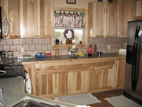 highest kitchen cabinets best 10 hickory kitchen cabinets ideas on 4224