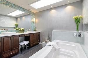 1001 modeles pharamineux de la salle de bain moderne With carrelage adhesif salle de bain avec grande bougie led