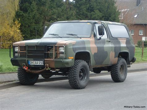 Easiest Suv To Work On by Truck Guys Looking For Classic Suv Truck 90 S And