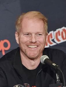 Noah Emmerich Pictures - New York Comic-Con: Day 2 - Zimbio
