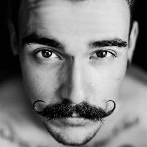grow handlebar mustache