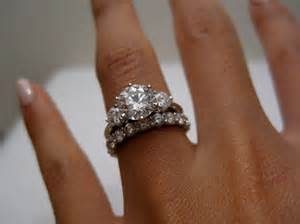 3 band wedding ring 1000 ideas about 3 rings on rings 3 ring and yellow