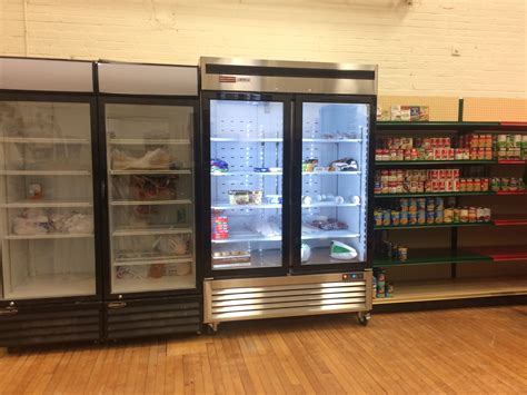 Framingham Food Pantry Roche Bros And Natick Service Volunteers Help To Expand