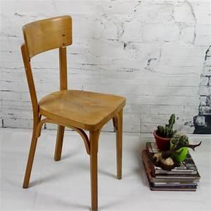 Chaise Bistrot Vintage : chaise bistrot ancienne baumann thonet en bois clair vernis vintage ~ Teatrodelosmanantiales.com Idées de Décoration