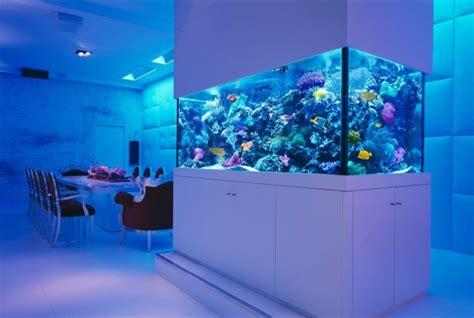 meuble bar separation cuisine la décoration avec un meuble aquarium archzine fr