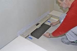 Duschabläufe Für Bodengleiche Duschen : mit system und koordination bodengleiche duschen bei niedrigen aufbauh hen einbindung von ~ Avissmed.com Haus und Dekorationen