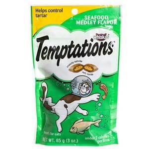 temptations cat treats whiskas whiskas temptations cat treats seafood medley