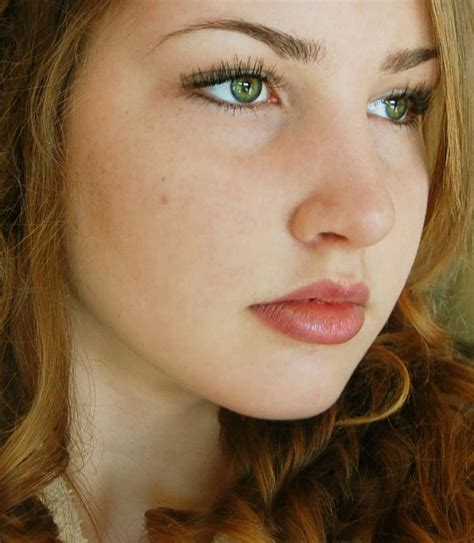 gorgeous green eyed girl pictures entertainmentmesh