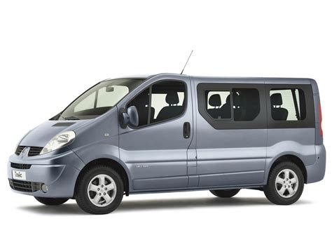 Trafic 9 Seater by Renault Trafic 9 Seater
