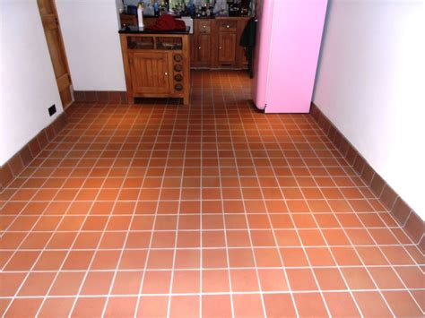 tiled kitchen floors unglazed quarry floor tile floor matttroy 2787