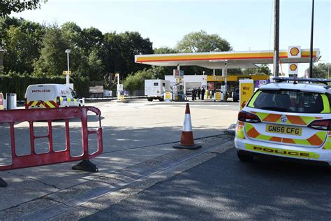 Shell Garage Road by Snodland Shell Garage Robbed By Machete Wielding Masked