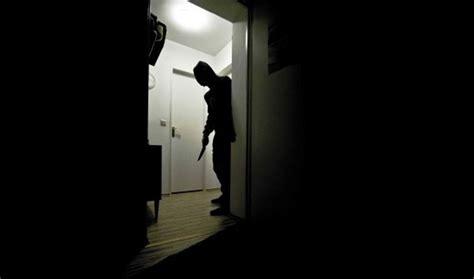 Ladri In Casa by Muggi 242 Ladri In Casa Mentre Ci Sono I Padroni