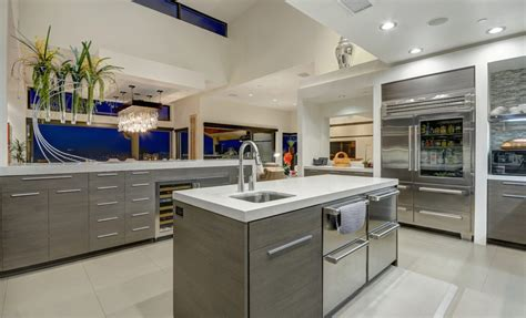 real s kitchen 5 features of a real chef s kitchen peevler real estate