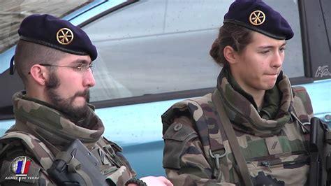 Paquetage Reserviste Armee De Terre by Sentinelle 24h Avec Les R 233 Servistes Du 61e Ra Youtube