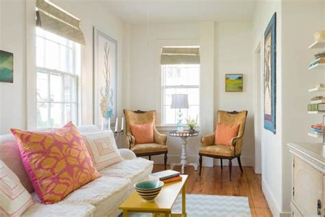 Decorating Ideas In Small Spaces by Home Staging Tips And Interior Design Ideas For Narrow