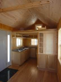 Tiny Home Interiors And Create Amazing 200 Sq Ft Tiny Cabin For Simple Living