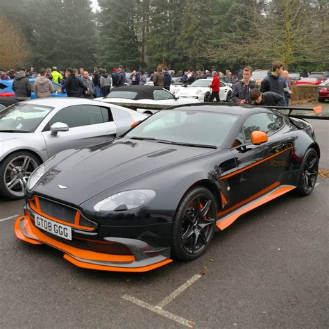 Aston Martin Vantage Backgrounds by Aston Martin Vantage Gt8 Wallpapers And Background Images