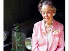 Renowned Demonologist Lorraine Warren to Give 'All Hallow