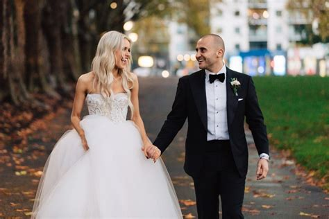 decode  wedding dress code     easy