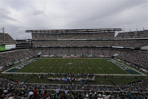 Want Eagles-Vikings tickets? Prices range from $412 to ...