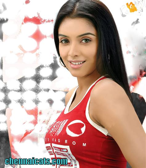 Hot Celebrity Bollywood Asin Thottumkal Hot Actress