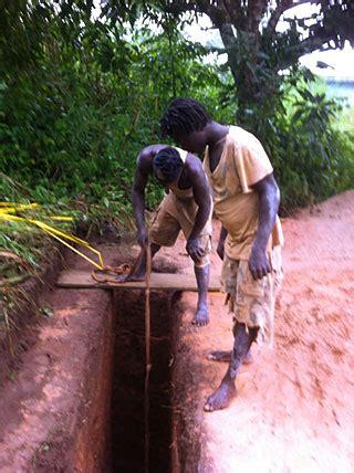 latrinen toiletten gs mbufung bali nyonga kamerun afrika