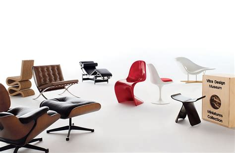 chaise vitra eames vitra miniatures collection eames la chaise design