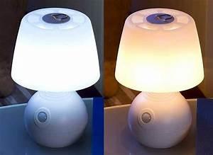 Lampe De Bureau Sans Fil : lampe de chevet led pile avec d tecteur et couleur ~ Voncanada.com Idées de Décoration