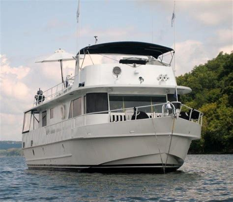 Houseboat Yacht by 70 Custom Houseboat Buy And Sell Boats