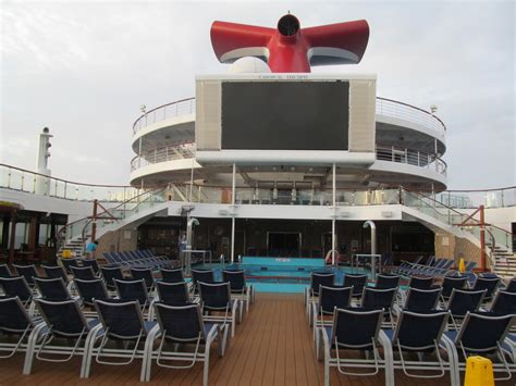 day 4 sea day cruise review