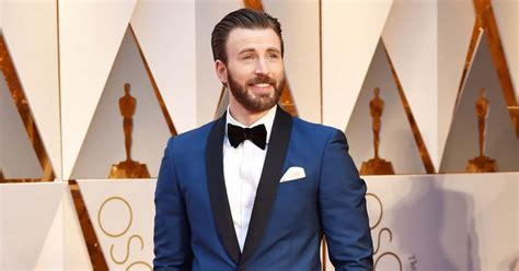 Chris Evans nudes: 'Captain America' finally reacts to d ...