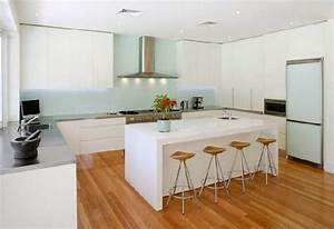 Materials for kitchen floors ayanahouse for Wood floors in modern kitchen