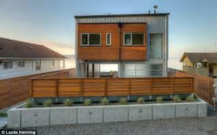 houses plan house built to withstand tsunamis earthquakes and 85 mph