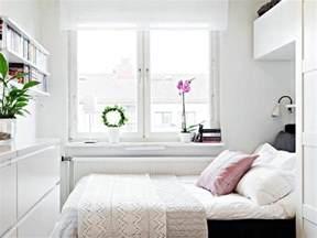 deko ideen fã r schlafzimmer best 25 kleines schlafzimmer einrichten ideas on schlafzimmer schränke