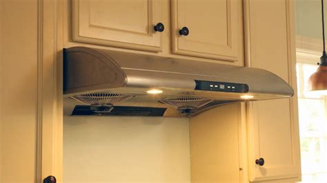 do over the range microwaves have fans kitchen range hood or over the range microwave for venting