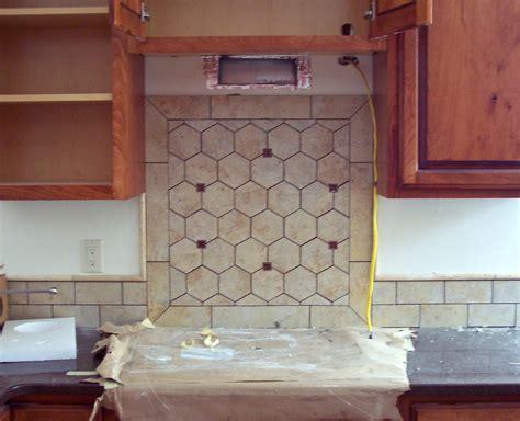 building  home backsplashes  fireplace surround