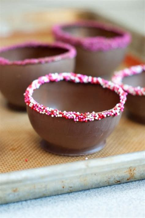 how to make chocolate bowls 25 best ideas about chocolate cups on pinterest fancy desserts chocolate heaven and fancy