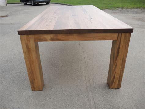 table meuble cuisine table de cuisine moderne en bois atelier meuble rustique