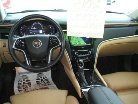 find   cadillac xts luxury package navigation
