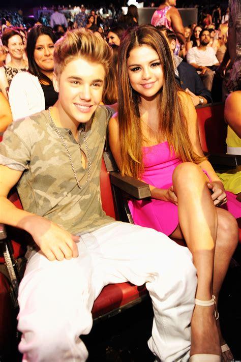 Justin Bieber Selena Gomez Back Together Former Couple