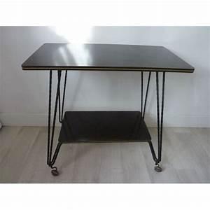 Table Sur Roulettes : table desserte en formica sur roulettes vintage achat et vente ~ Teatrodelosmanantiales.com Idées de Décoration