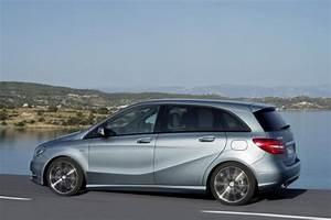 Mercedes Classe B 2014 : mercedes classe b la nuova auto elettrica mercedes ~ Medecine-chirurgie-esthetiques.com Avis de Voitures
