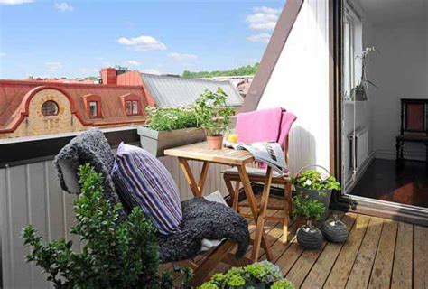 simple homes with balconies placement the best tips when planning to decorate apartment